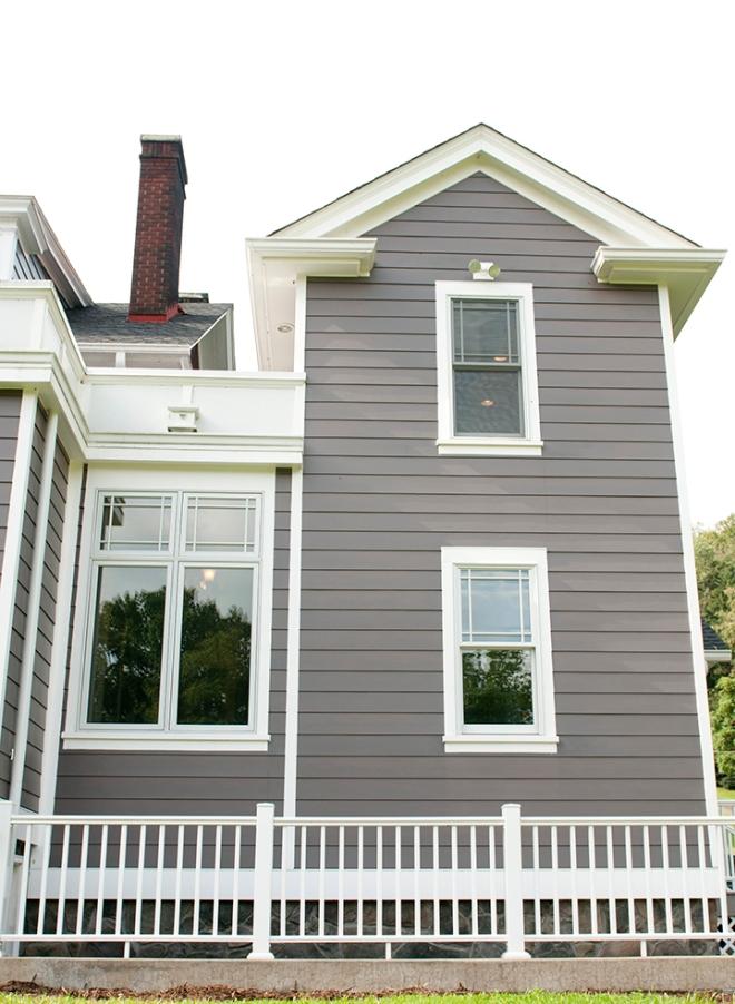 04 Latrobe House